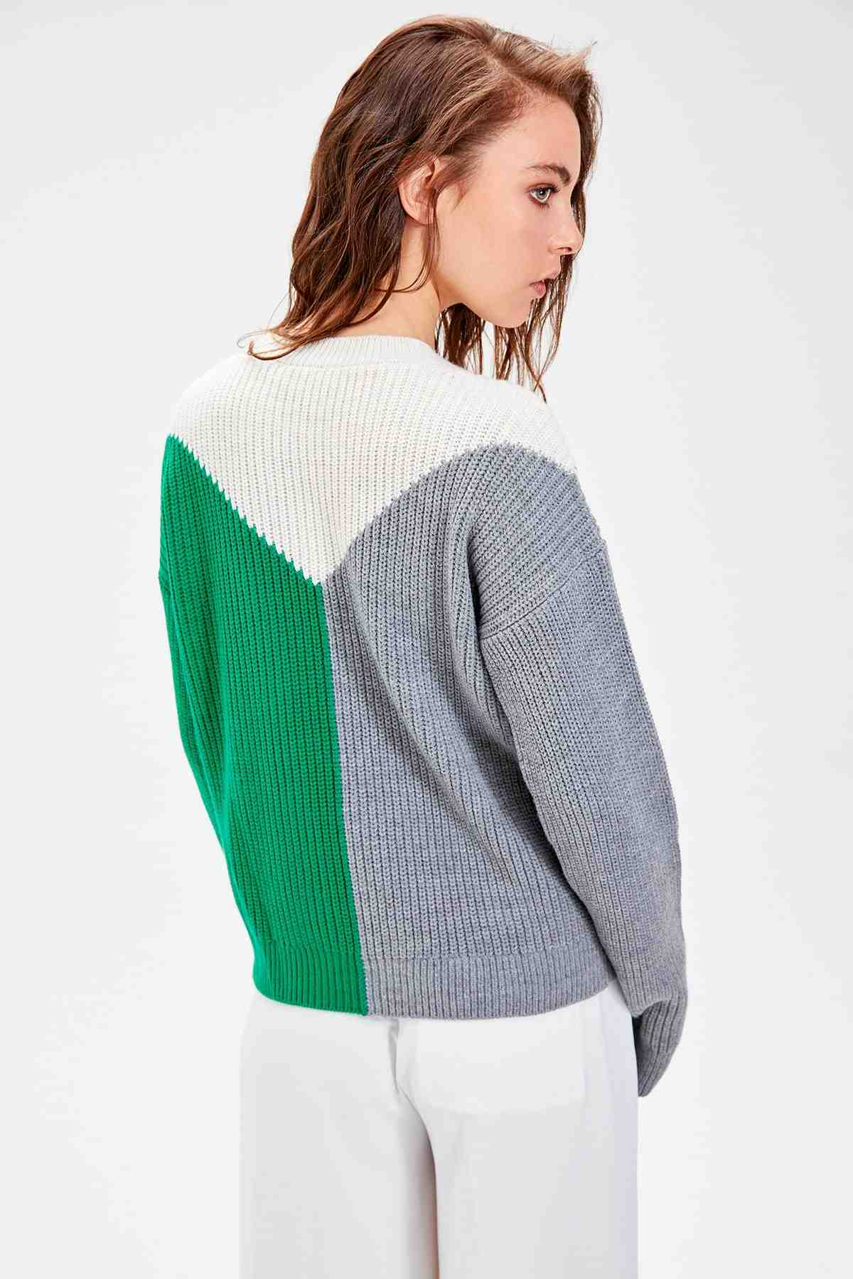Trendyol Gray Color Block Sweater Pullover TWOAW20FH0023