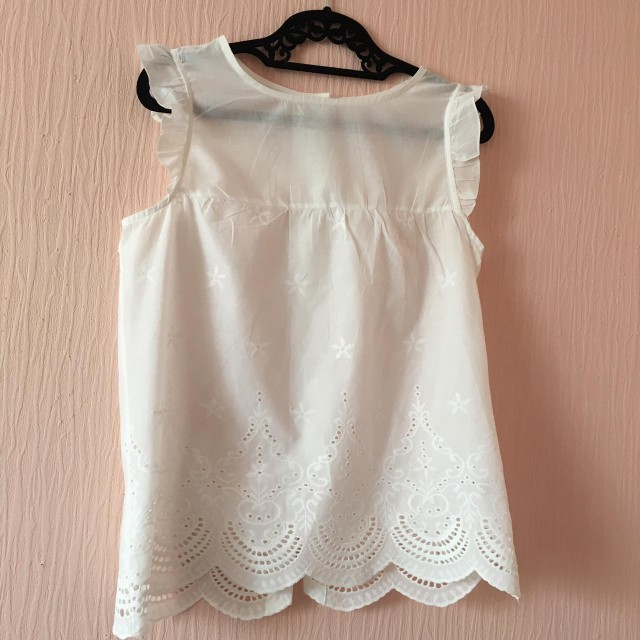 Eyelet Embroidered Scallop Hem Frilled Shell Top Women Round Neck Sleeveless Blouse White Cotton Summer Tops photo review