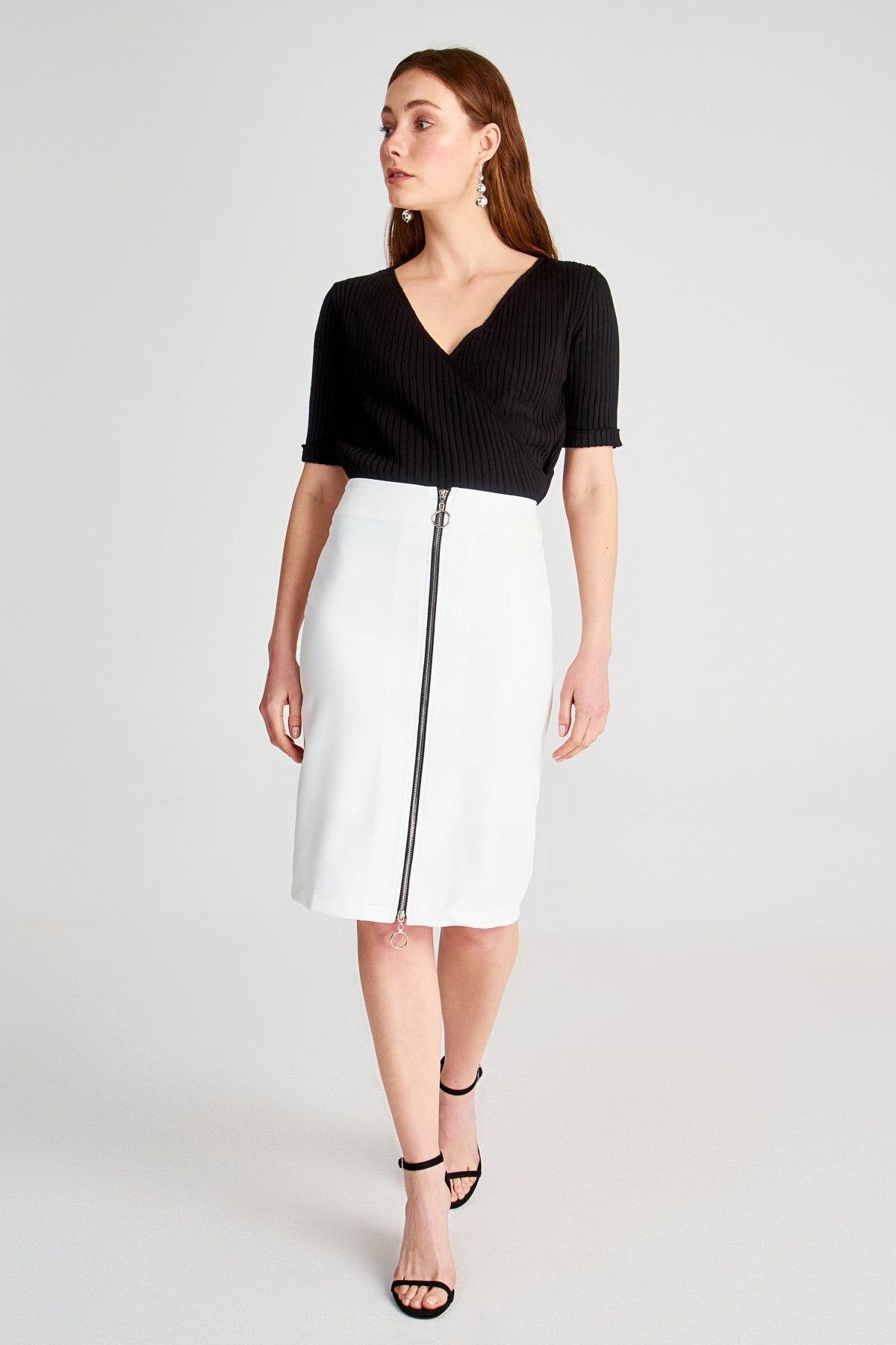 Trendyol Zip Detail Skirt TWOSS20ET0427