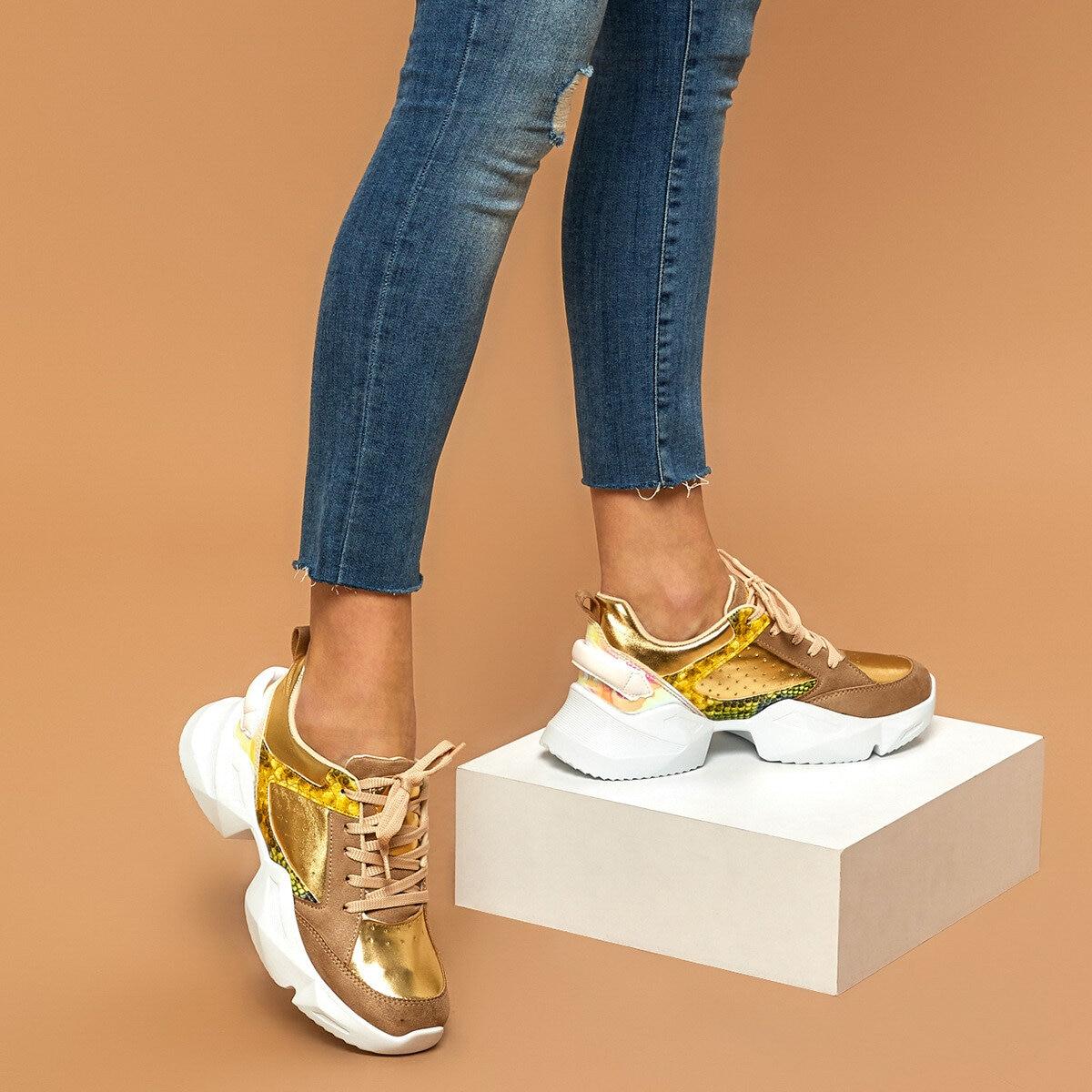 FLO POLKA DOT Gold Women 'S Sneaker BUTIGO