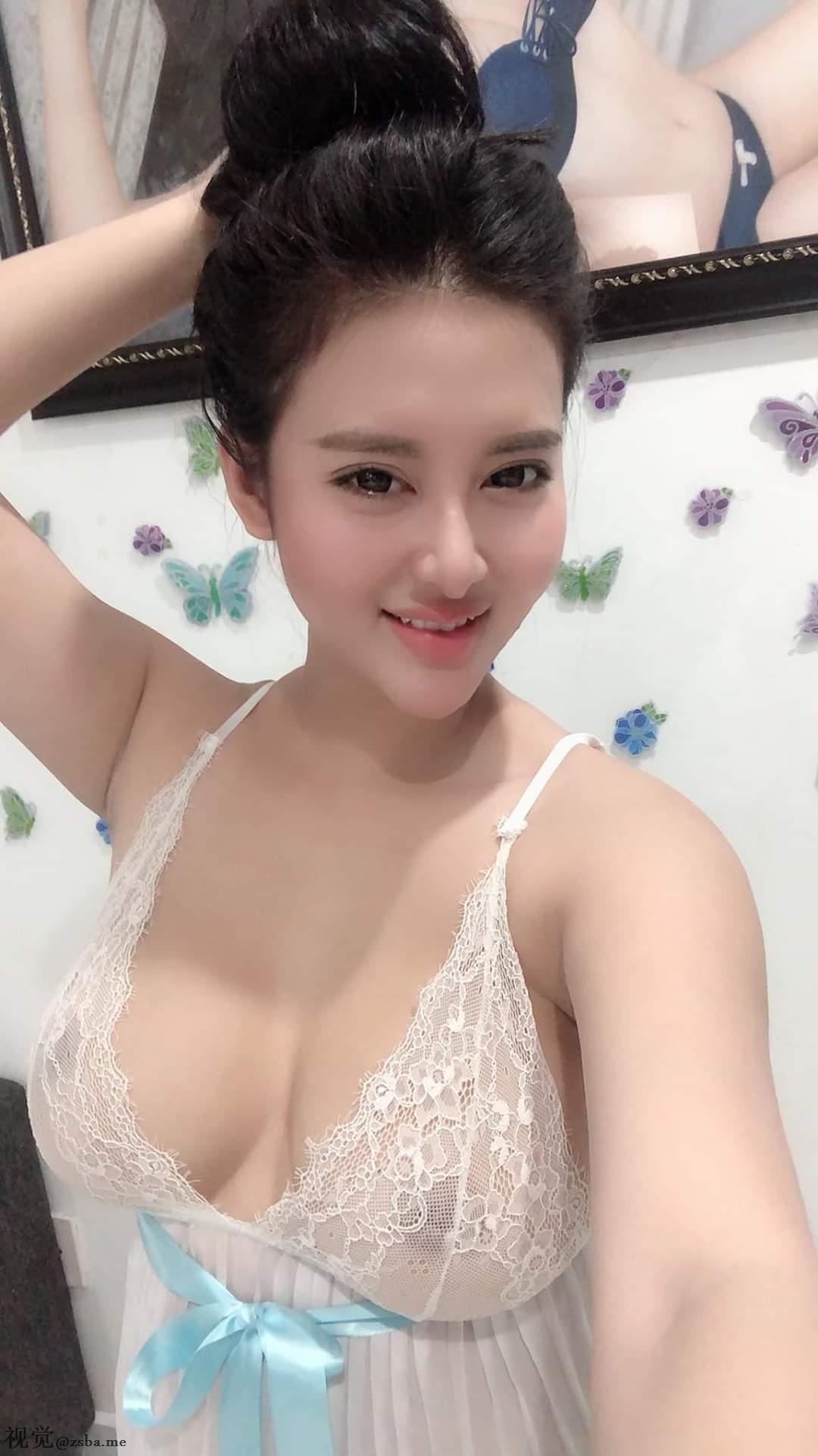 越南网红PongKyubi你口罩是不是戴错地方了?插图9
