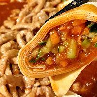 #百变鲜锋料理#年夜饭上一道创新版,团圆美满的~京酱肉丝的做法图解10