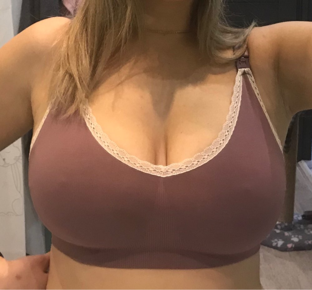 HOW BIG WILL MY BREASTS GROW DURING PREGNANCY?