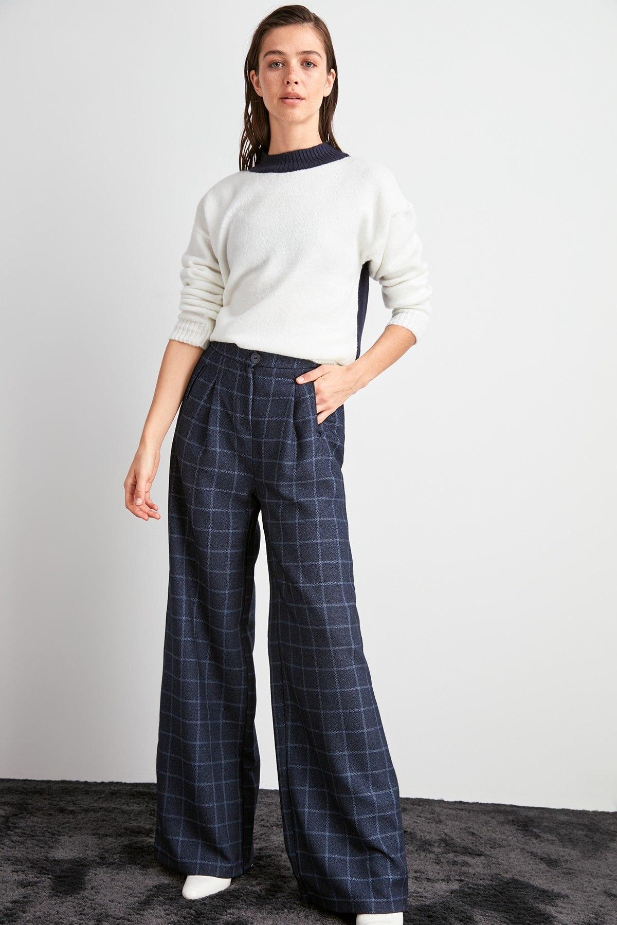 Trendyol Flare Pants TWOAW20PL0562