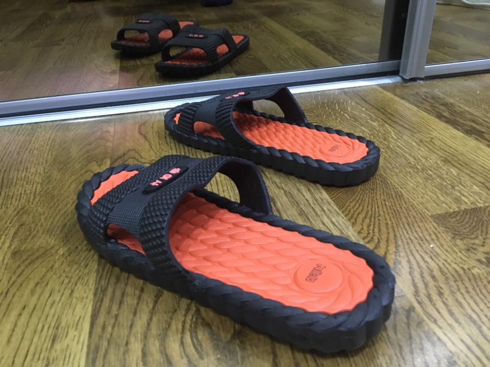 DAOKFPO Hot Beach Shoes Casual Men Sandals Slippers Summer Outdoor Flip Flops Flats Non slip Bathroom Home Massage Slippers T 06-in Slippers from Shoes on AliExpress