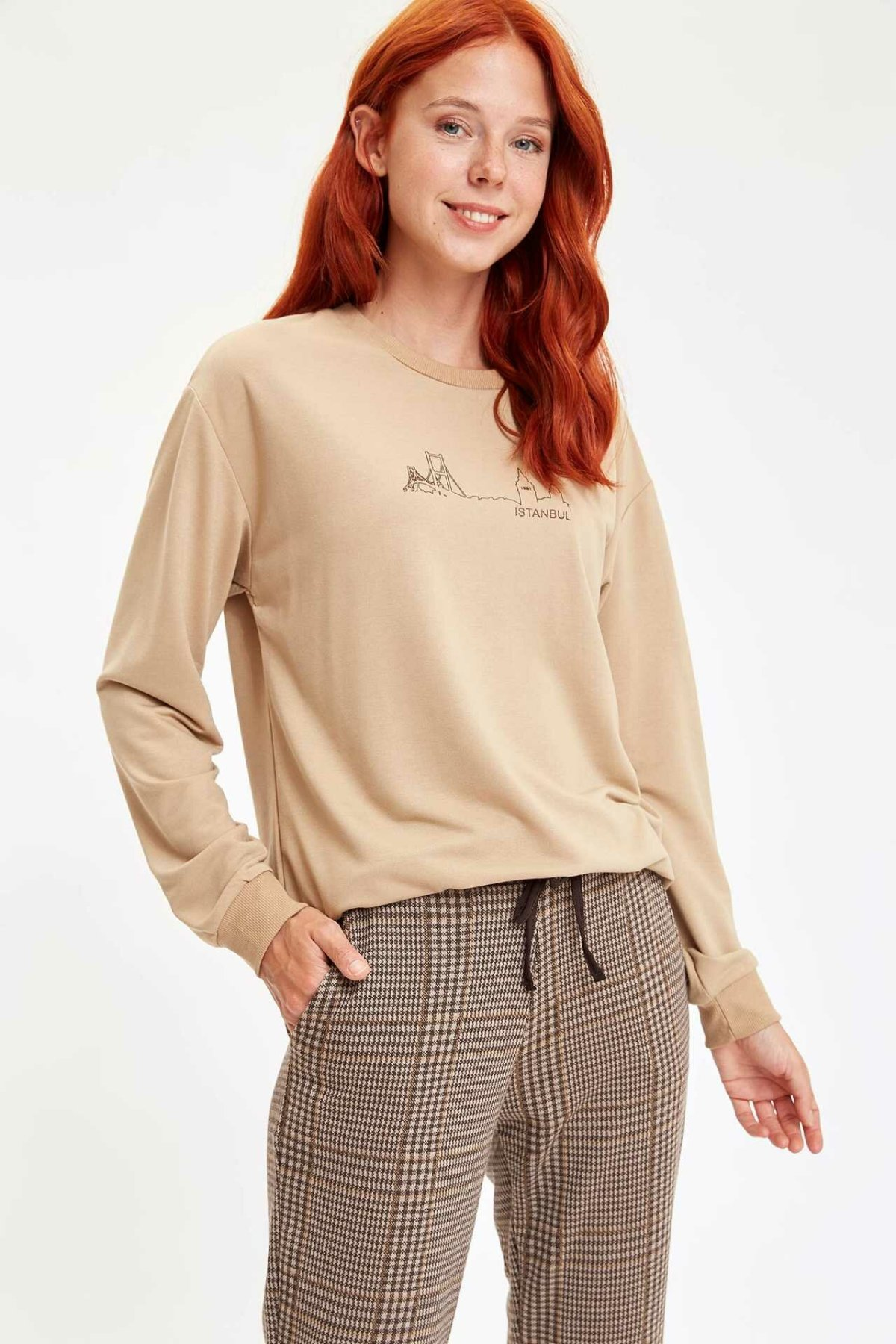 DeFacto Woman Fashion O-neck Sweat Shirt Simple Pattern Casual Pullovers Lady Long Sleeves Loose Tops Autumn New - L9559AZ19AU