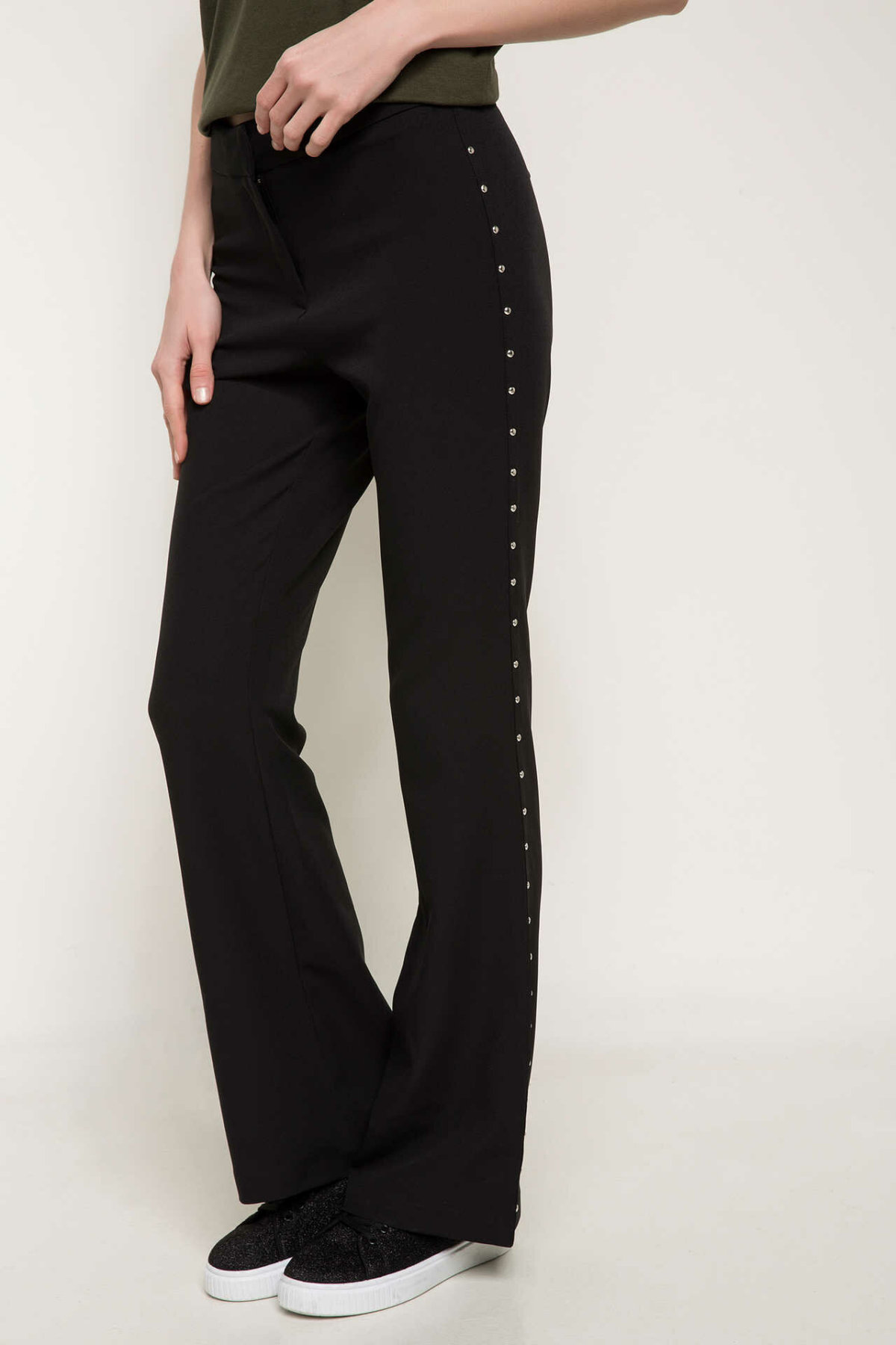 DeFacto Women Spring Black Wide-leg Pants Women Casual Fit Slim Bottoms Women Stylish Bling Decors Trousers-I9934AZ18SP