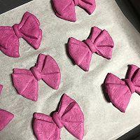 火龙果蝴蝶结面包的做法图解9