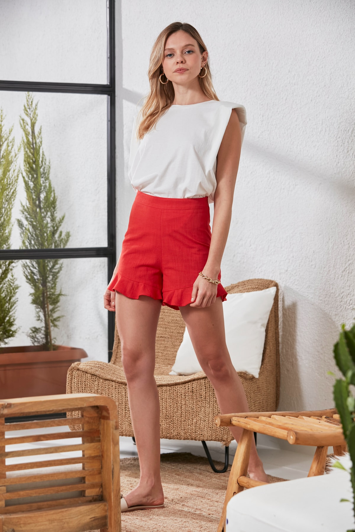 Trendyol Frilled Shorts & Bermuda TWOSS20SR0097