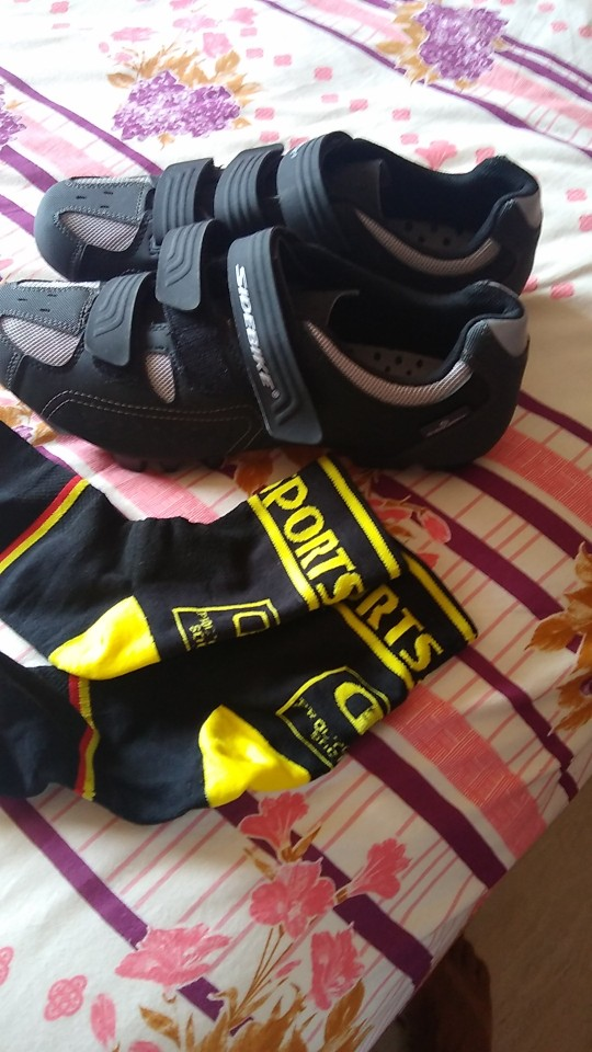 -- Sneaker Sneaker Sapatos