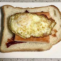 蟹柳鸡蛋芝士三明治的做法图解5