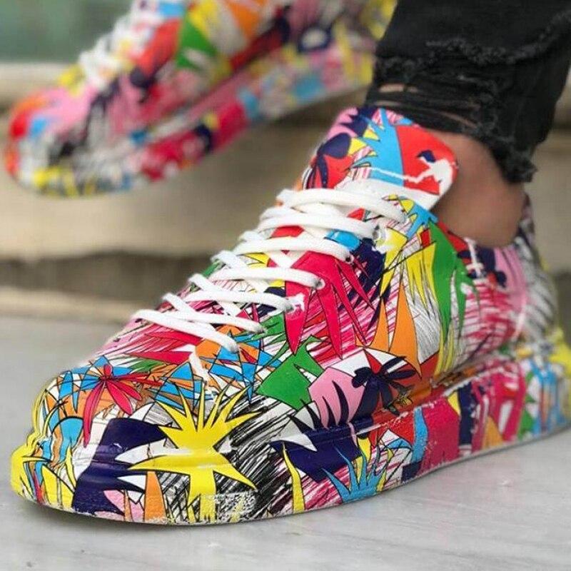 Zapatillas de deporte Chekich para hombre Zapatillas cómodas Estilo de moda flexible Boda de cuero Clásico calzado ortopédico para caminar Zapatos deportivos para hombres Comodidad Unisex Zapatillas ligeras y ligeras Zapatos de lona para chicas, zapatillas de alta calidad con dinosaurio, dibujos animados, bonito Dino, otoño 2019, nuevo estilo pijo, zapatos casuales a la moda para mujeres