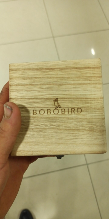 -- Pássaro Relógio Masculino