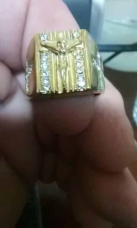 Chevaliere croix - Jésus sur la croix - Titane et Zircon Cubique