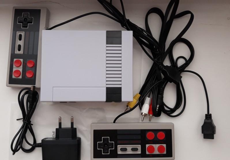 Купить Retro 8-Bit консоль