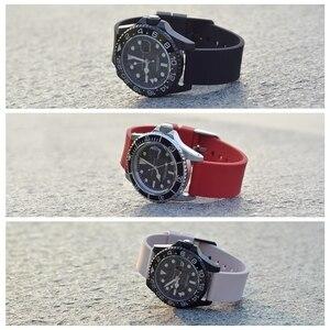 Image 5 - WOCCI סיליקון Ruber שעוני חכם רצועת לגברים נשים 14mm 18mm 20mm 22mm 24mm רחיץ 13 צבע ספורט רצועת השעון חג המולד מתנה
