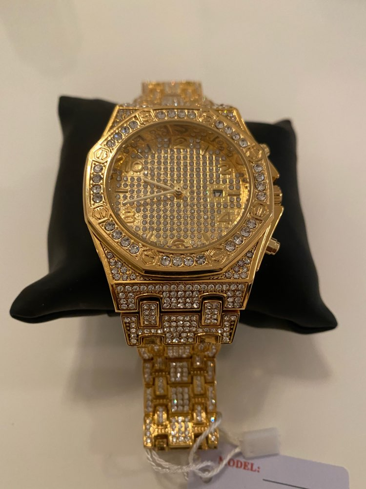 Mens Watches Top Brand Luxury Watch Men Trending Unique FF Arabic Diamond Watch 18k Gold Quartz Iced Out Mens Chronograph Watch