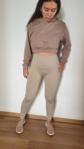 Women's Seamless Compression Leggings and Top Set photo review