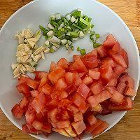 番茄牛肉浓汤的做法图解1