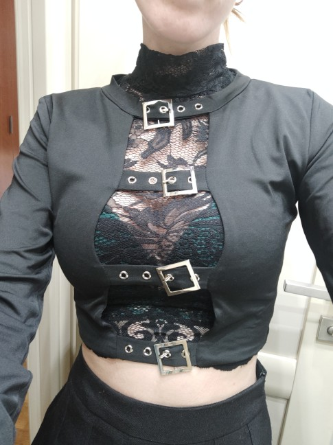 Punk Pastel gothic Crop top with buckles and long sleeve photo review