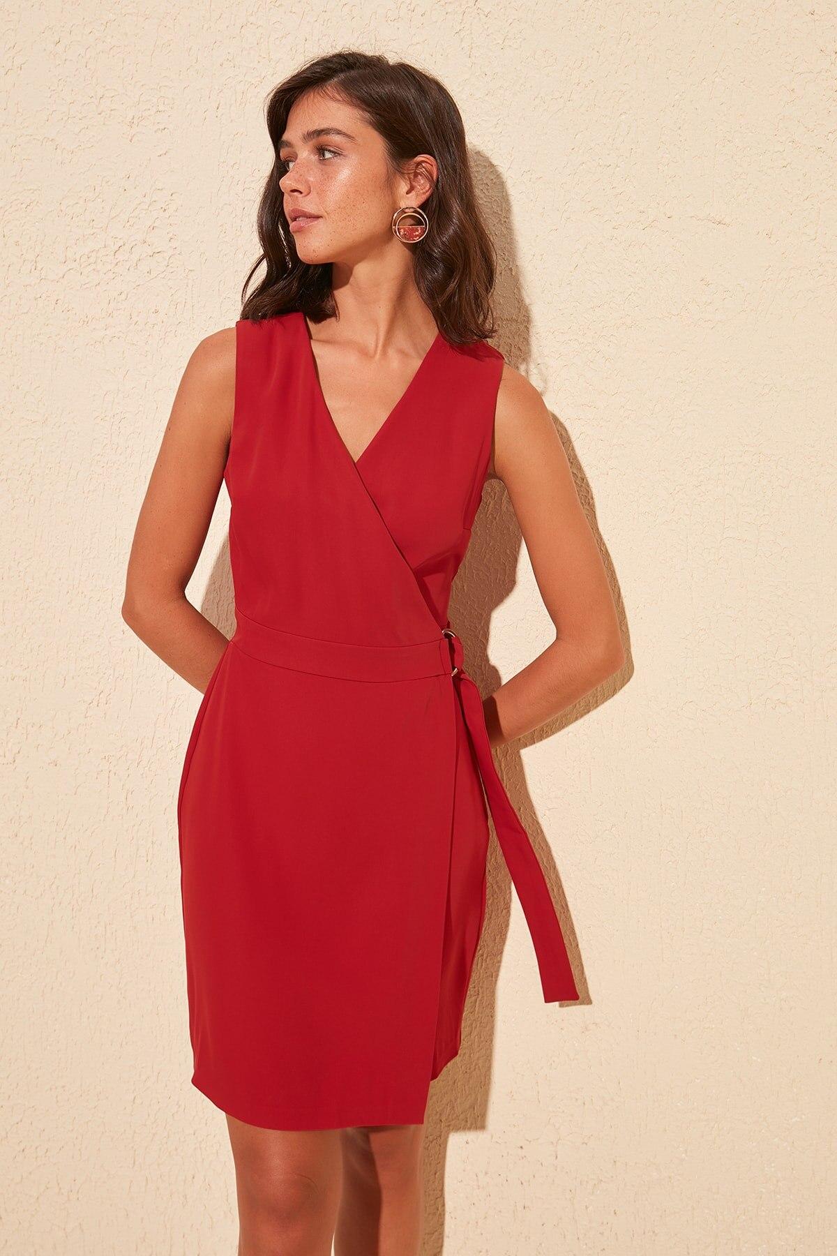 Trendyol Belted Dress TWOSS20EL0193