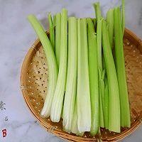 鲜美多汁的芹菜虾仁猪肉水饺#太太乐鲜鸡汁芝麻香油#的做法图解7