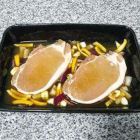 """#美食说出""""新年好""""#冬吃萝卜和大肉——蒸萝卜就烤猪大排的做法图解5"""