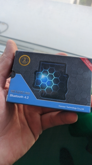 HUMZOR NEXZSCAN New Generation Code Reader Supports Standard OBD2 Protocol iOS/Android System Available via Bluetooth Connection