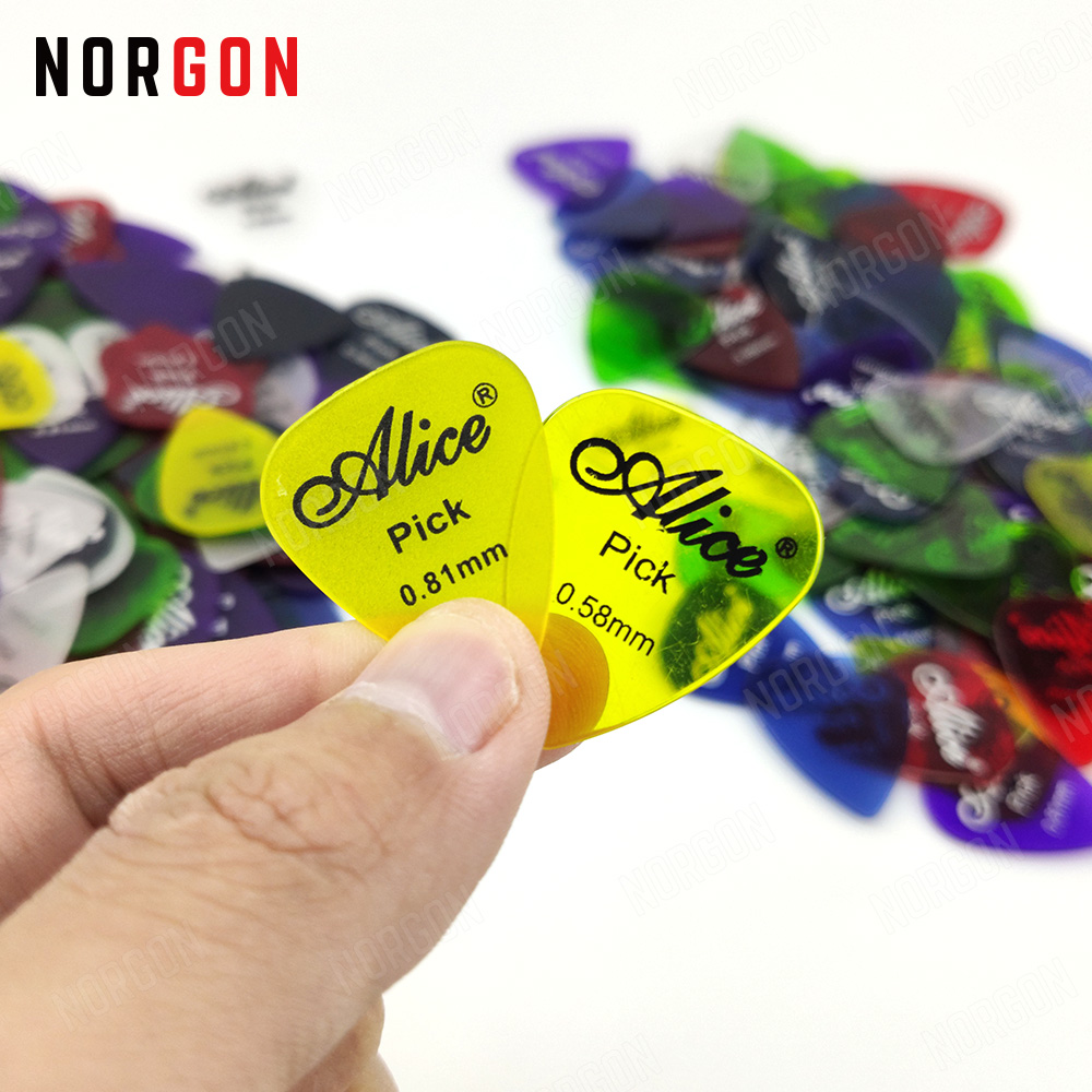 100 Pcs Alice PC Clear/Matte Clear Guitar Picks Standard Plectra Guitar Parts And Accessories 0.58/0.71/0.81mm Heart Shape
