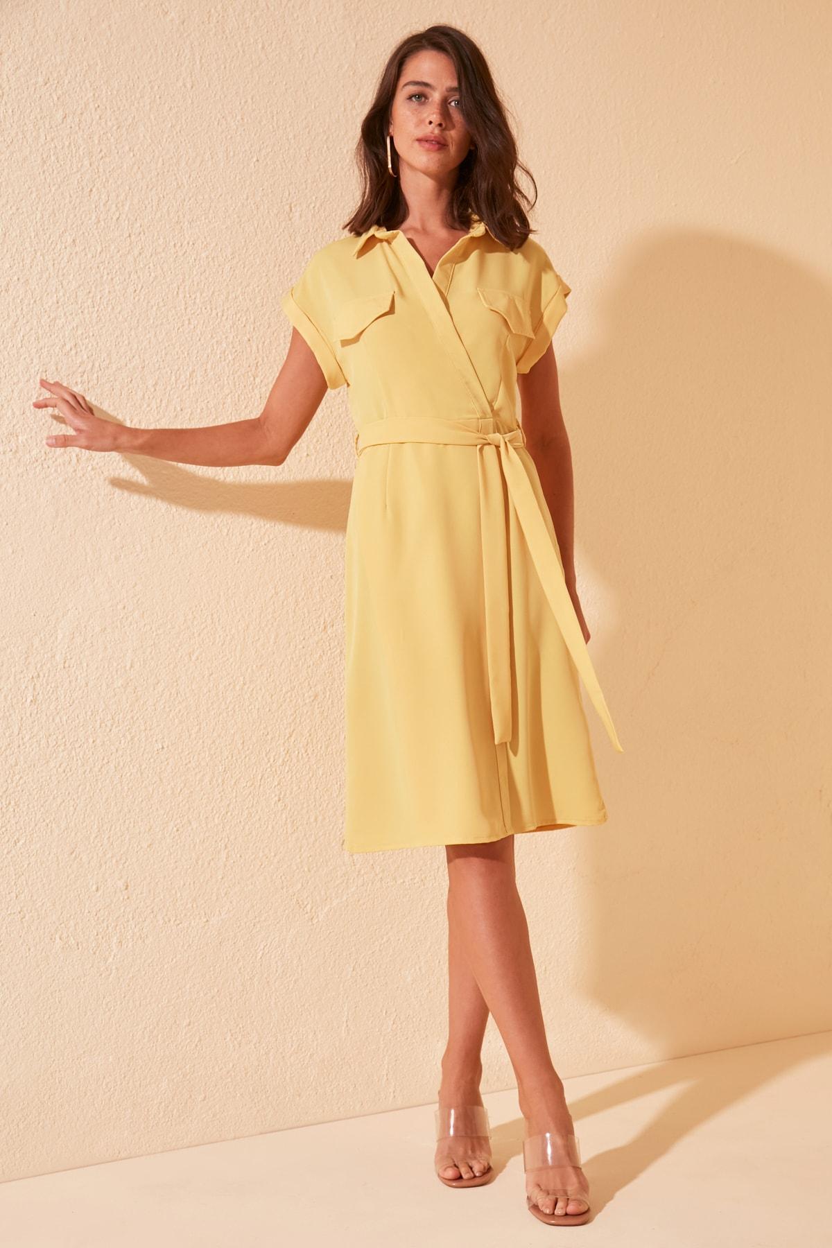 Trendyol Belted Double Breasted Dress TWOSS20EL0446