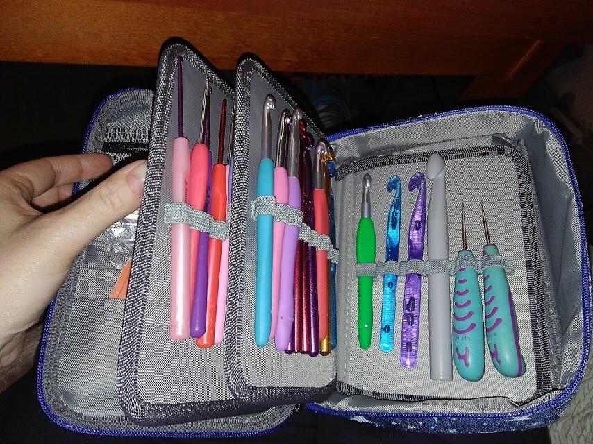 -- Pencilcase Buracos Caneta