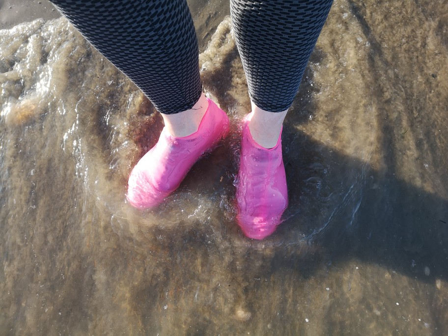 Waterproof Overshoes Silicone Reusable Shoe Covers photo review