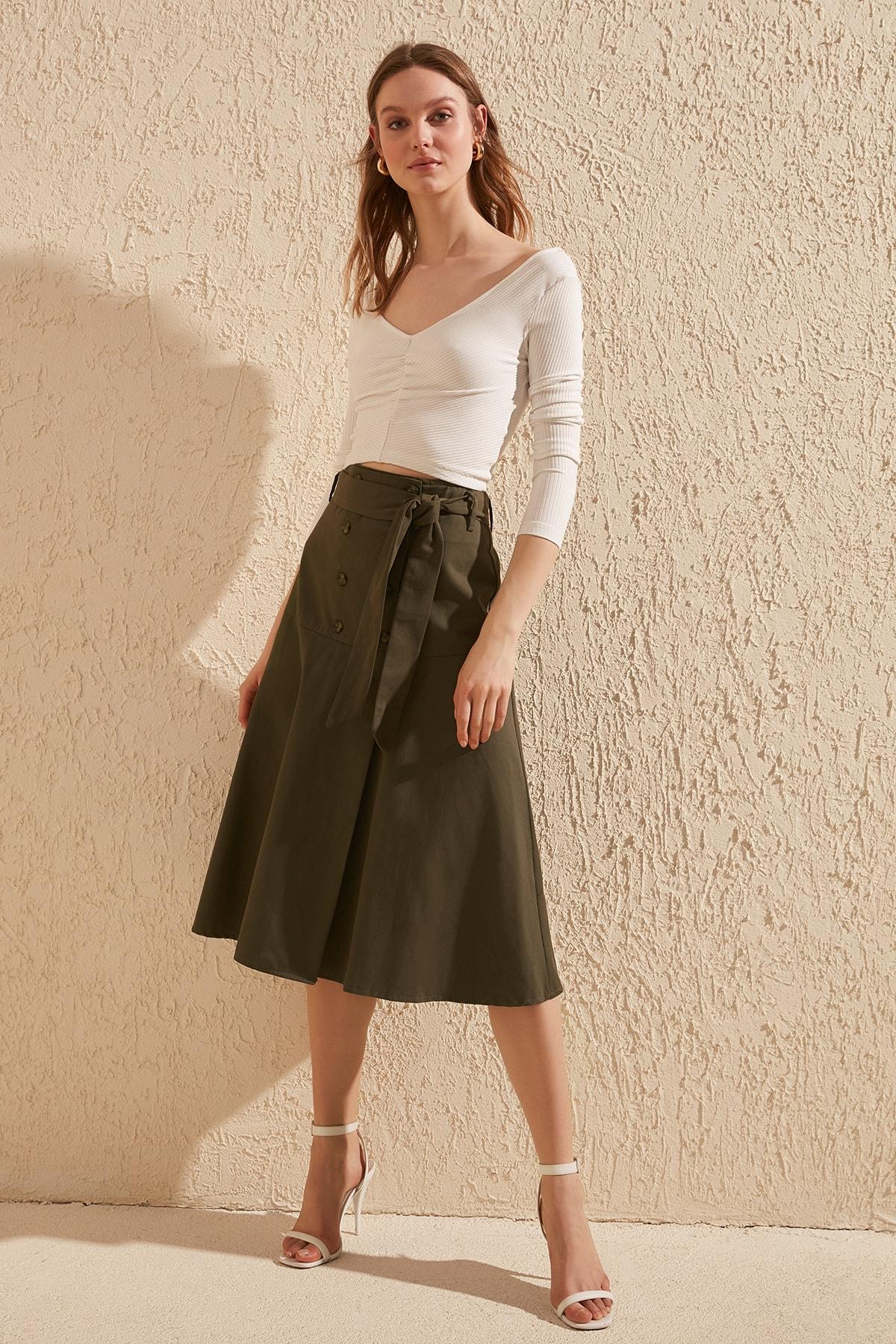 Trendyol Button Lacing Detailed Skirt TWOSS20ET0248