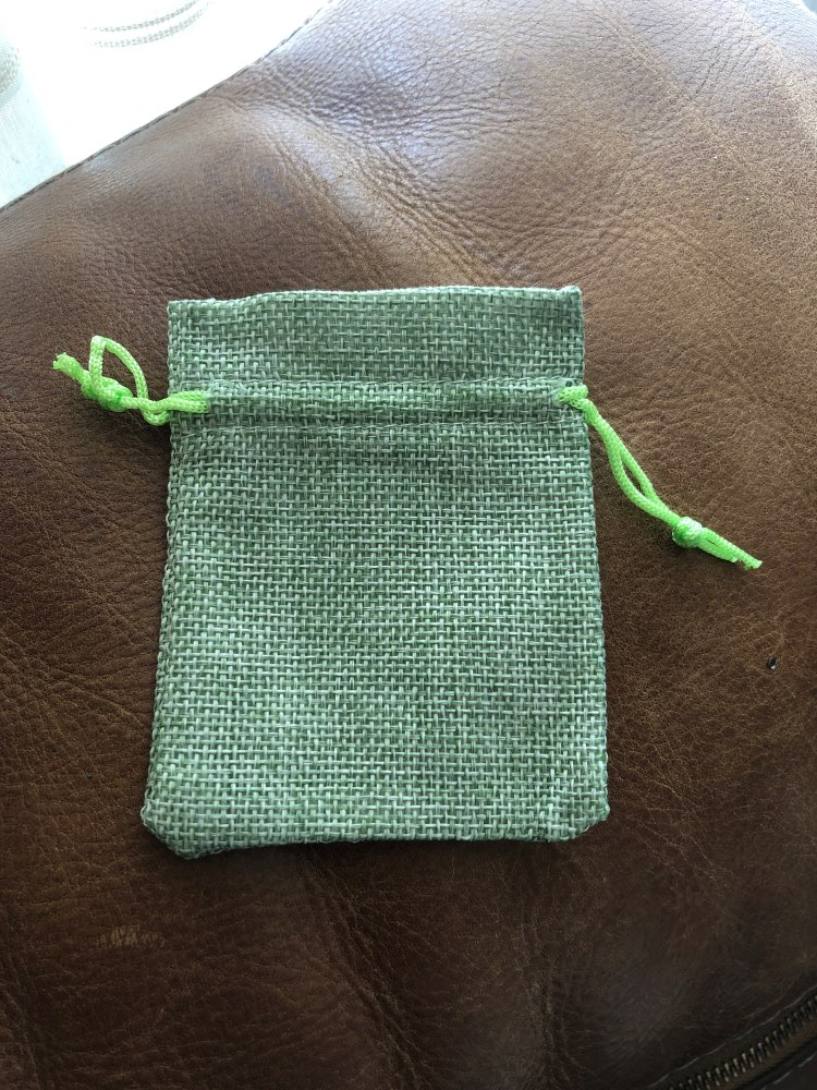 50Pcs/lot Drawstring Natural Burlap Bag Jute Gift Bags Multi Size Jewelry Packaging Wedding Bags with Candy Bag Can Custom Logo