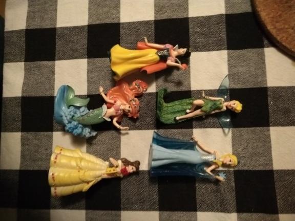 Figuras de ação brinquedos branca figura