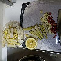 无骨柠檬泡椒鸡爪的做法图解6