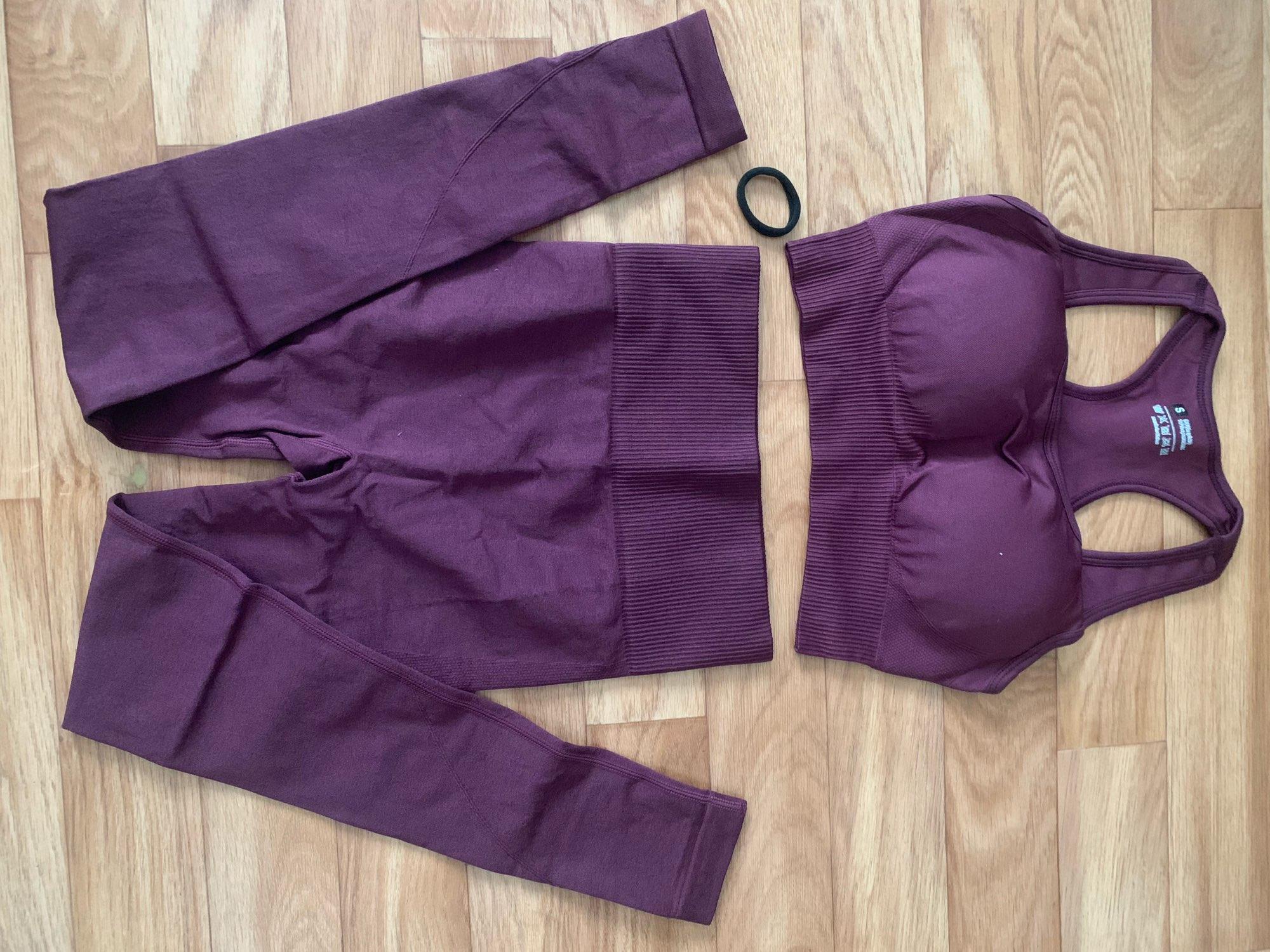 Women's Yoga Seamless Sportswear Set photo review
