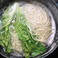 鸡排汤面的做法图解5