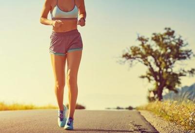 早晨快走健身对身体哪些方面有好处-养生法典