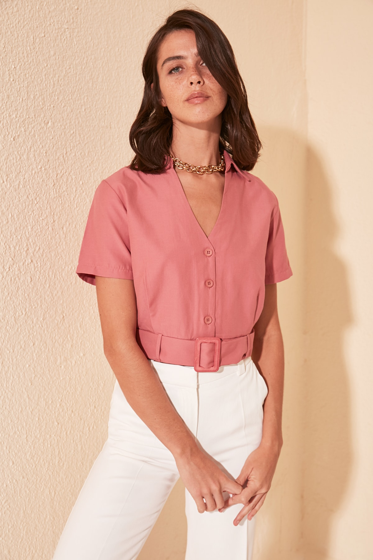 Trendyol Arched Shirt TWOSS20GO0318