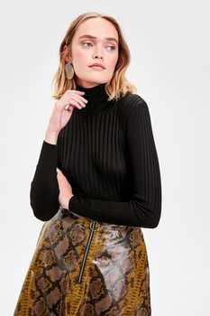 Trendyol WOMEN-Black Turtleneck Knitwear Sweater TWOAW20NK0001