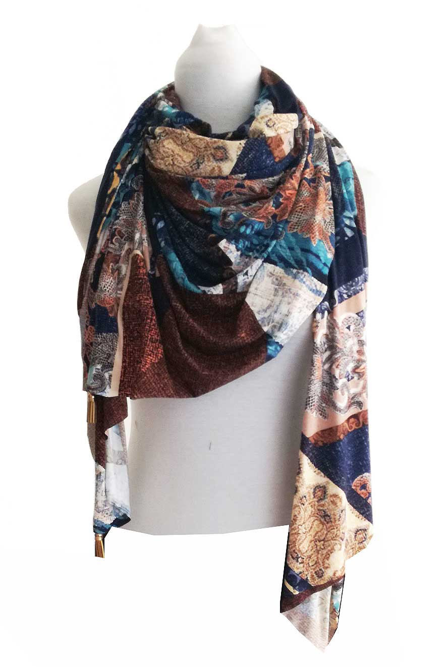 Pasminas Woman. Big Collar Cravat. Foulard Print With A Touch Very Soft And Nice, Brown Color, Elegant.