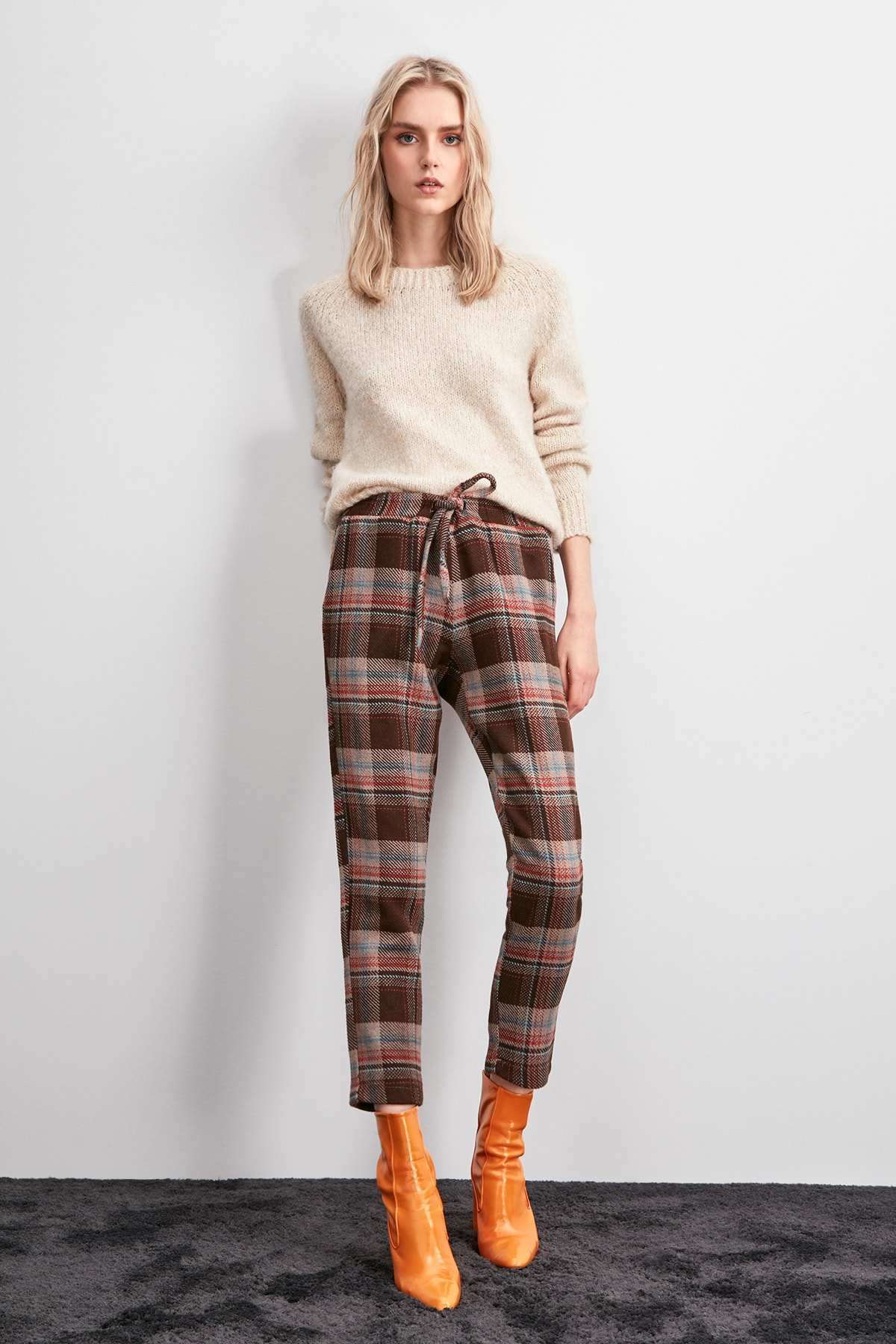 Trendyol Lacing Detailed Pants TWOAW20PL0632