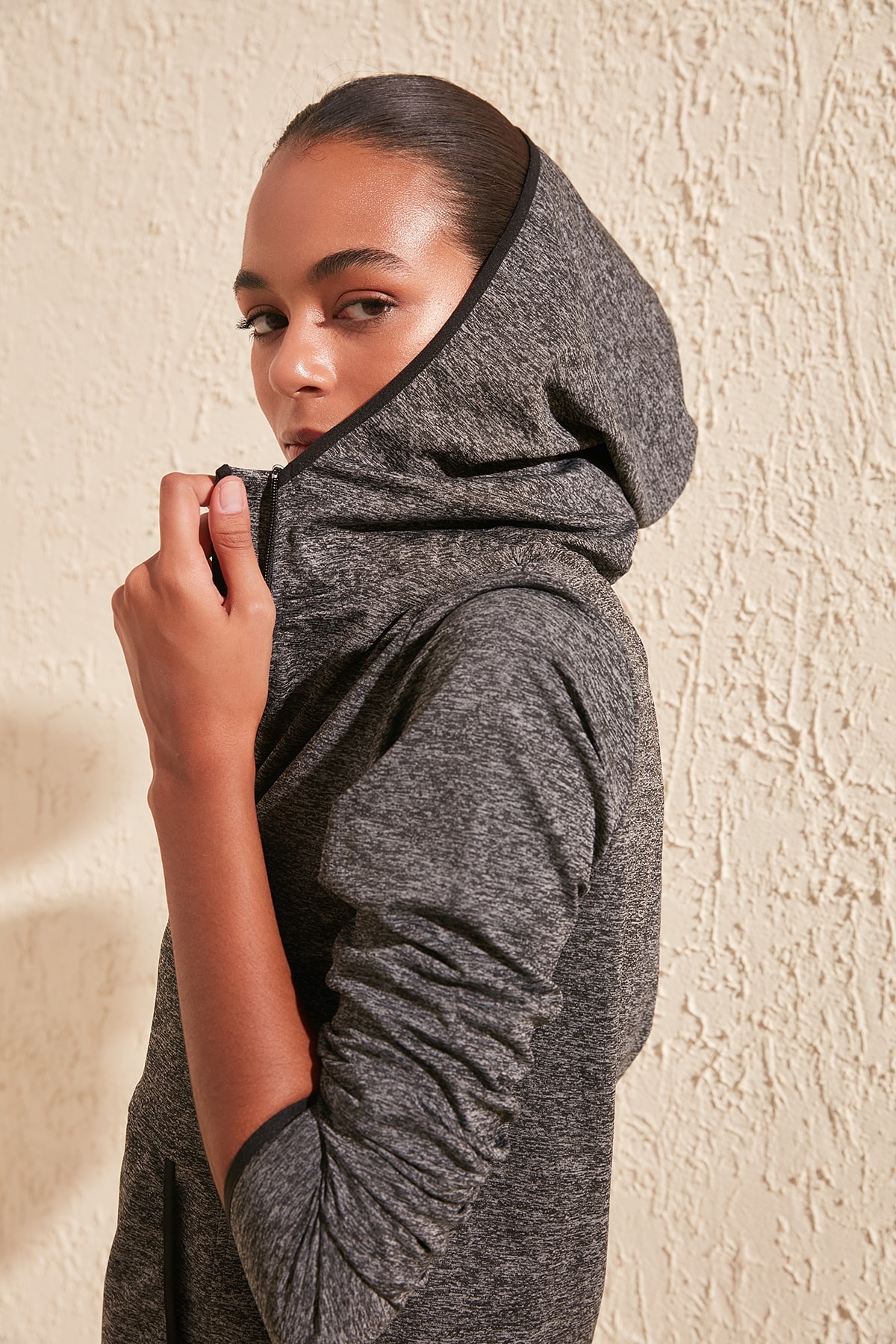 Trendyol Kapişon And Pocket Detail Sports Sweatshirt TWOSS20SW0195