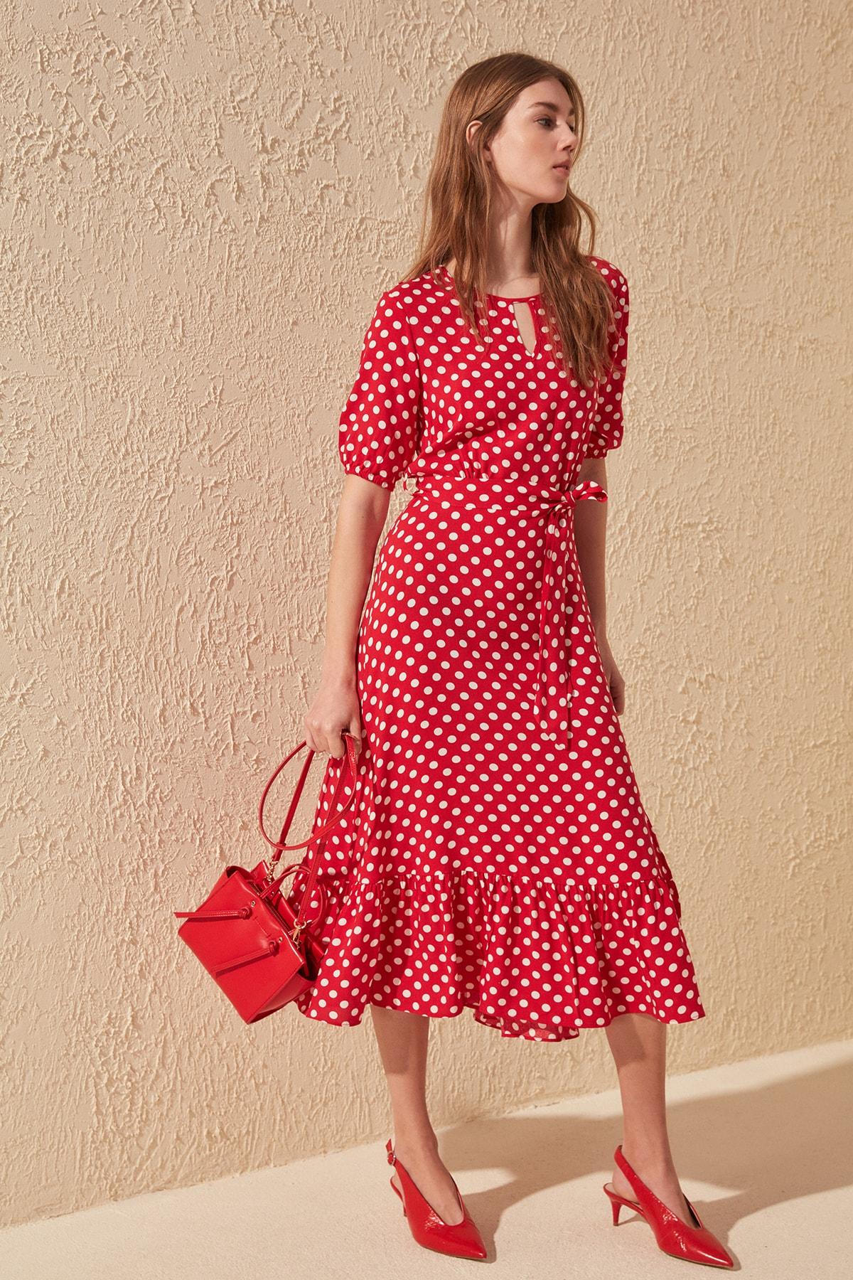 Trendyol Belted Polka Dot Dress TWOSS19XM0064
