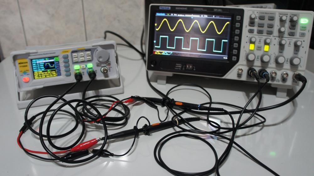 Osciloscopio 4CH-1CH GENERADOR 80MHz / 100MHz / 200MHz / 250MHz photo review