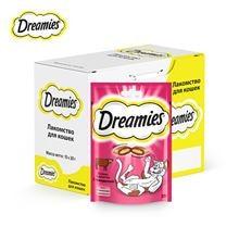 Лакомство для кошек Dreamies подушечки с говядиной, 10 ш по 30г
