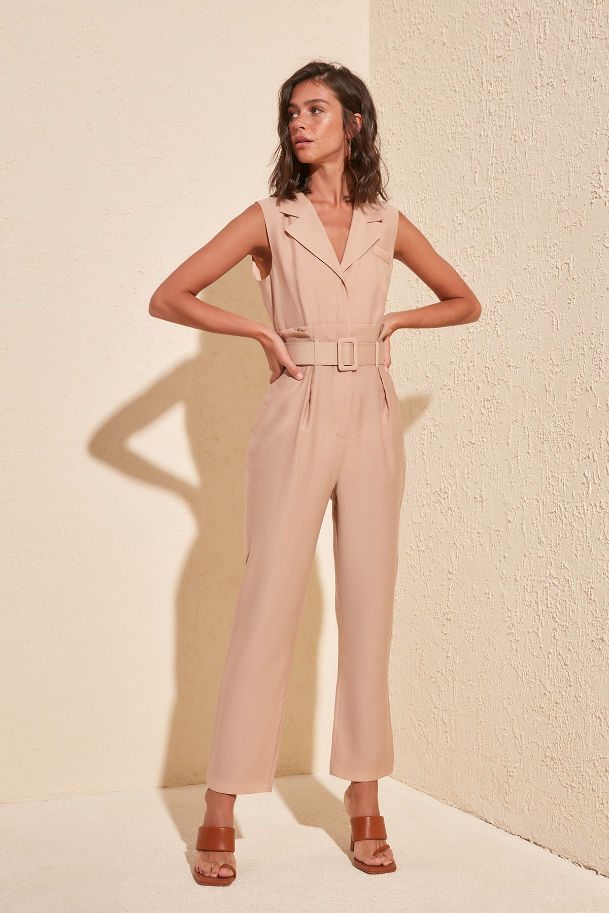 Trendyol Arched Jumpsuit TWOSS20TU0088