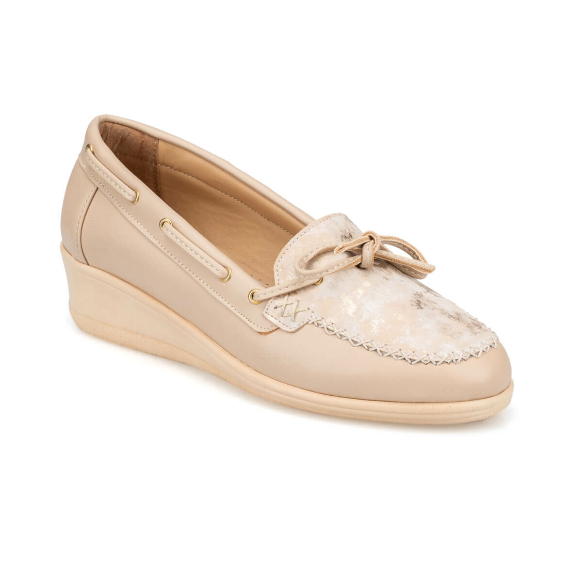 FLO 91. 150663.Z Beige Women 'S Shoes Polaris