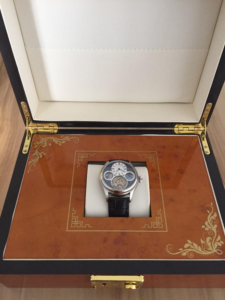 -- Guanqin Tourbillon Relógio
